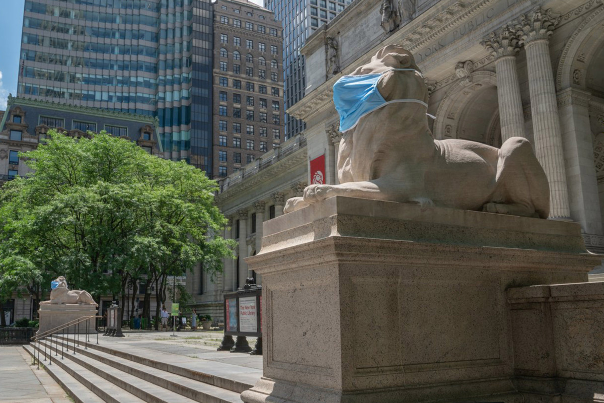 NY Library's iconic lions are now wearing masks, too