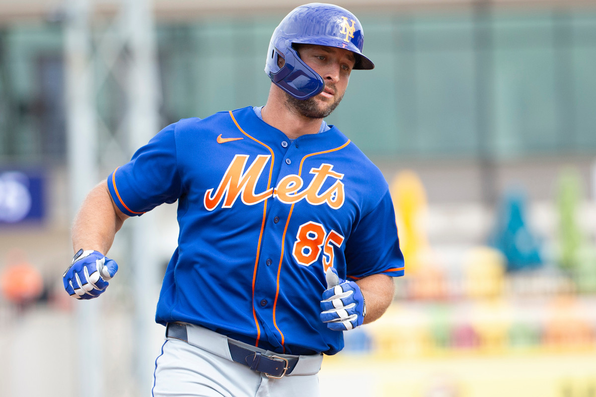 No Tim Tebow, former Yankees makes cut