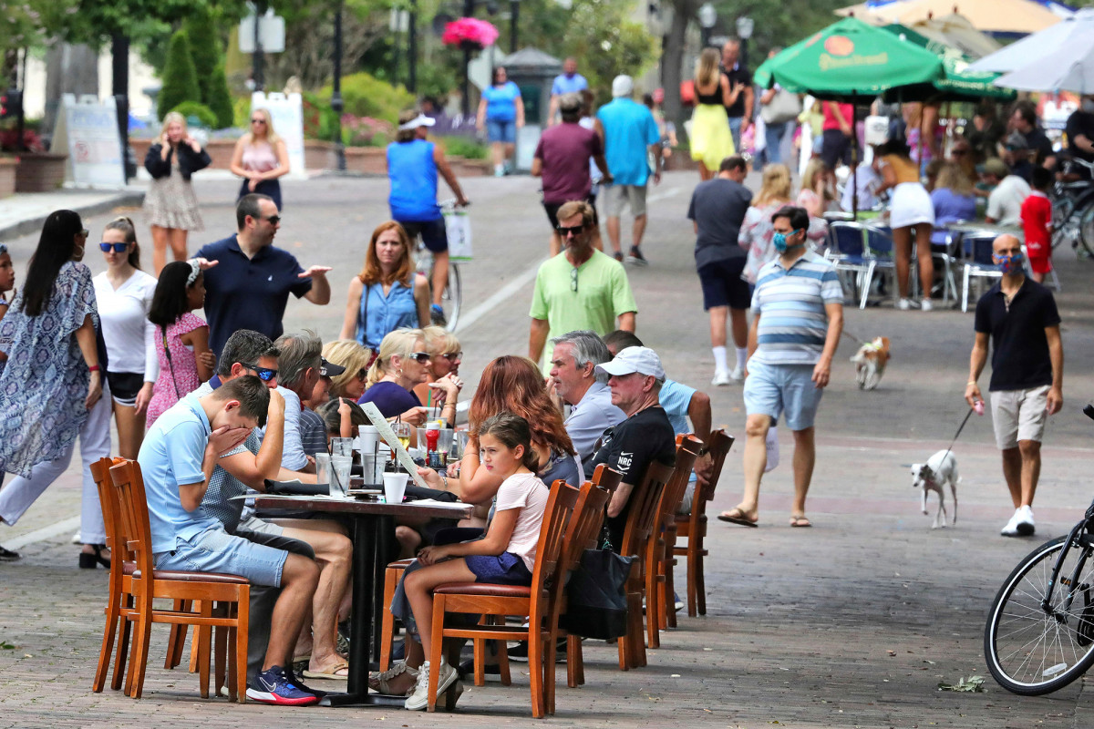 Orlando bars, eateries voluntarily close amid coronavirus spike
