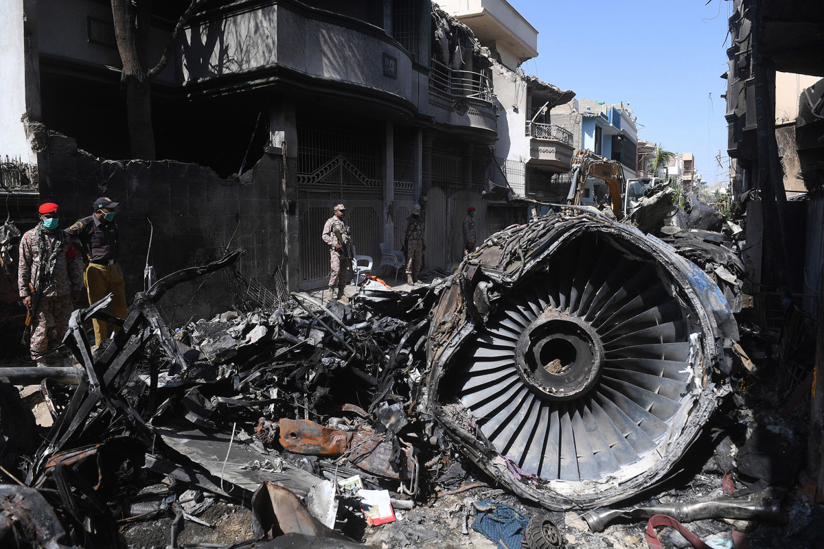 Pakistan airliner crashed after pilots were distracted by coronavirus