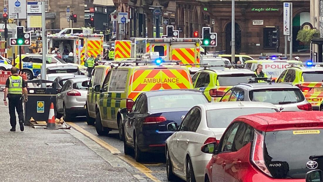 Police descend on Glasgow city center after reports police officer stabbed