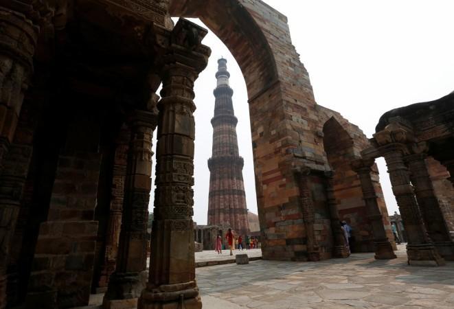 wandertrails, travel portals, earlsfield capital, experiential travel, adventure tourism, incredible india, tourism, agra, taj mahal, tourists tourism