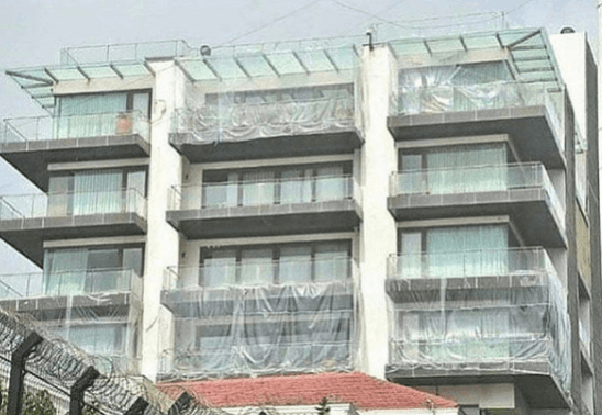 Shah rukh khan's house Mannat in plastic sheets