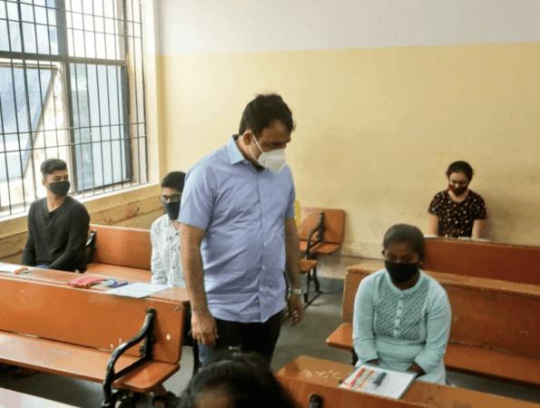 Deputy CM Ashwathnarayan visits CET exam centre
