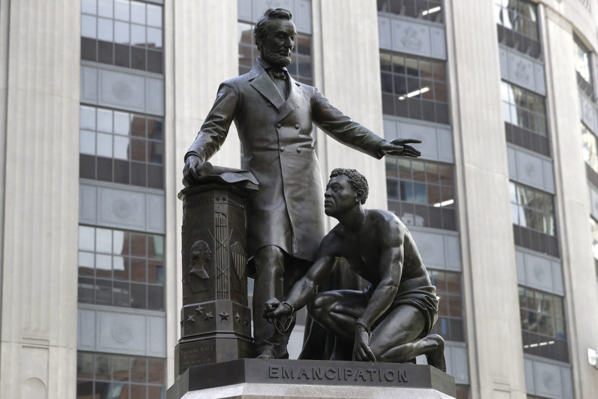 Boston Art Commission votes to remove statue of Lincoln with freed slave