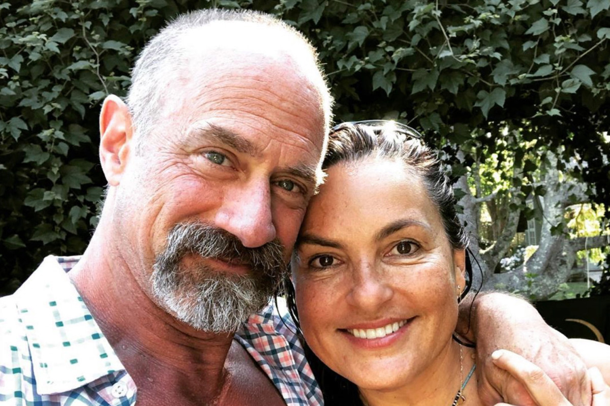 Christopher Meloni and Mariska Hargitay reunite ahead of 'Law & Order' spinoff