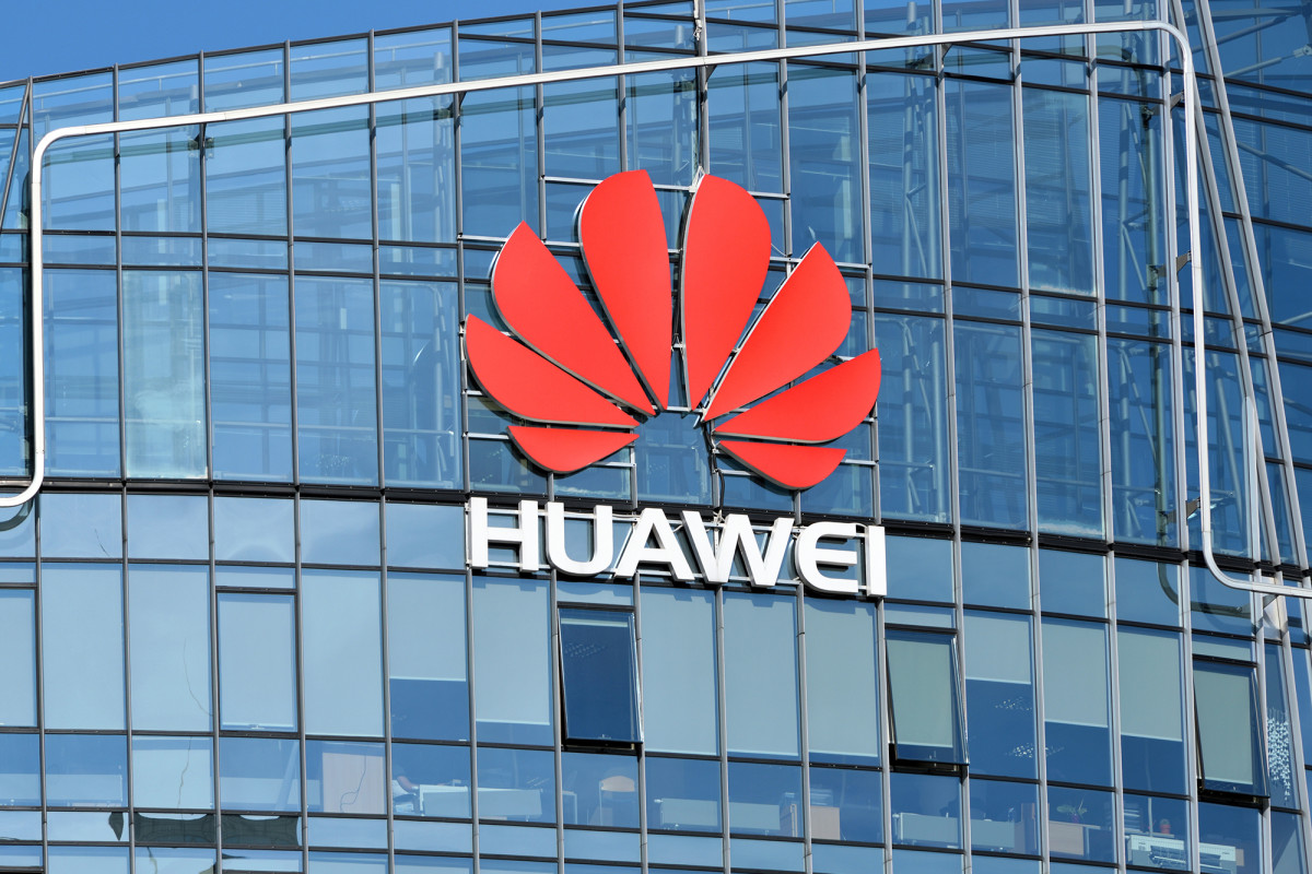 France will not ban Huawei, but urges 5G telcos to avoid company