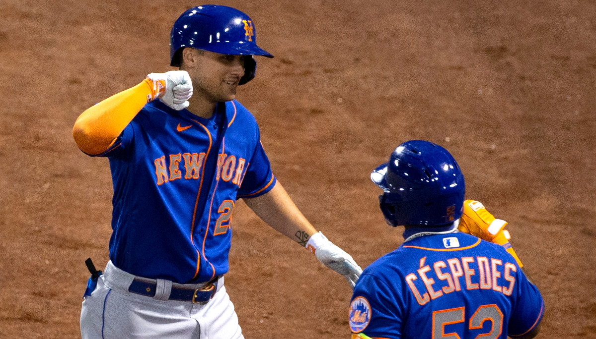 J.D. Davis and Robinson Cano provide offensive boost for Mets