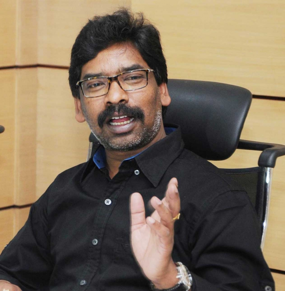 Jharkhand CM Hemant Soren isolates self at home after minister, MLA test coronavirus positive