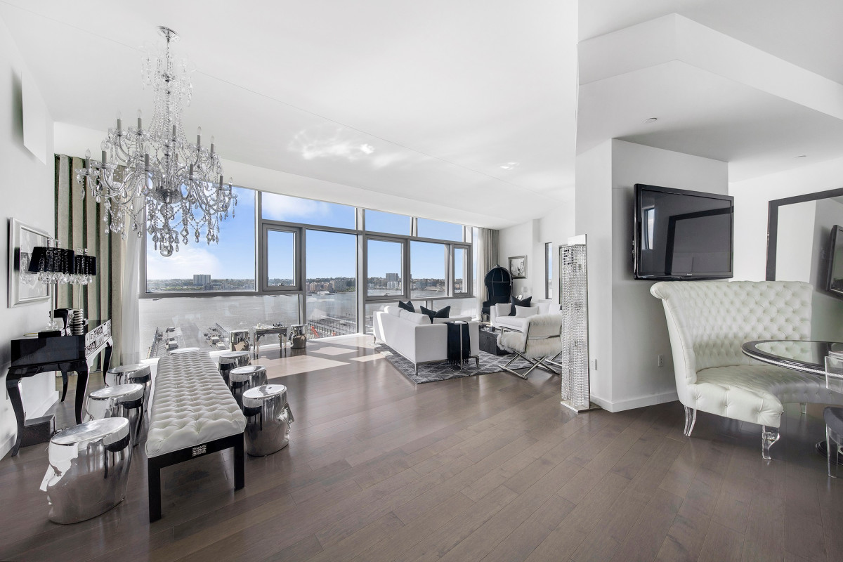 Loren and JR Ridinger selling $20M NYC condo, moving to Greenwich