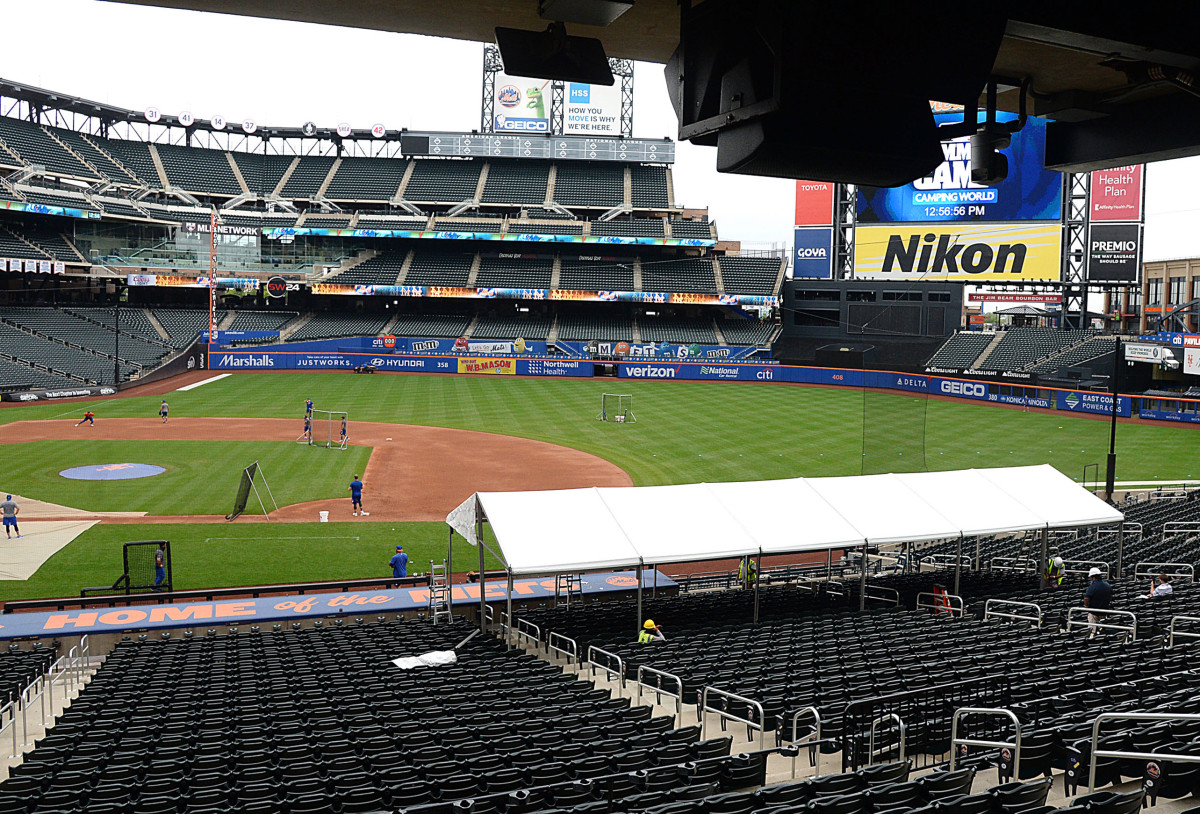 Mets-Yankees reintroducing New York to team sports