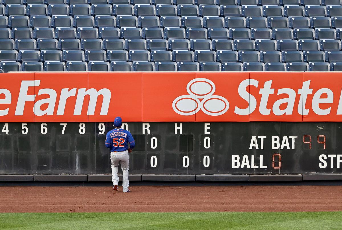 Mets' Yoenis Cespedes looks 'natural' in return to left field