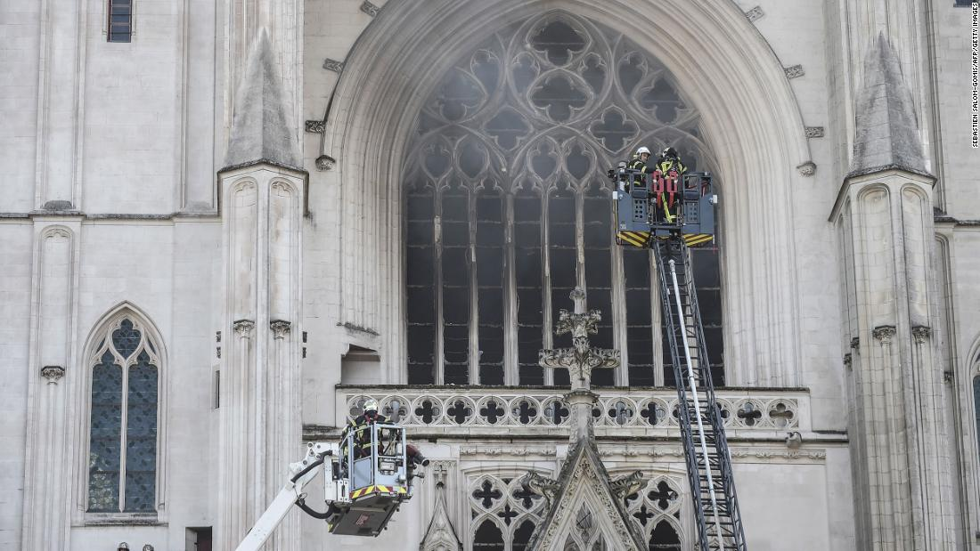 Nantes Cathedral blaze investigated as possible arson