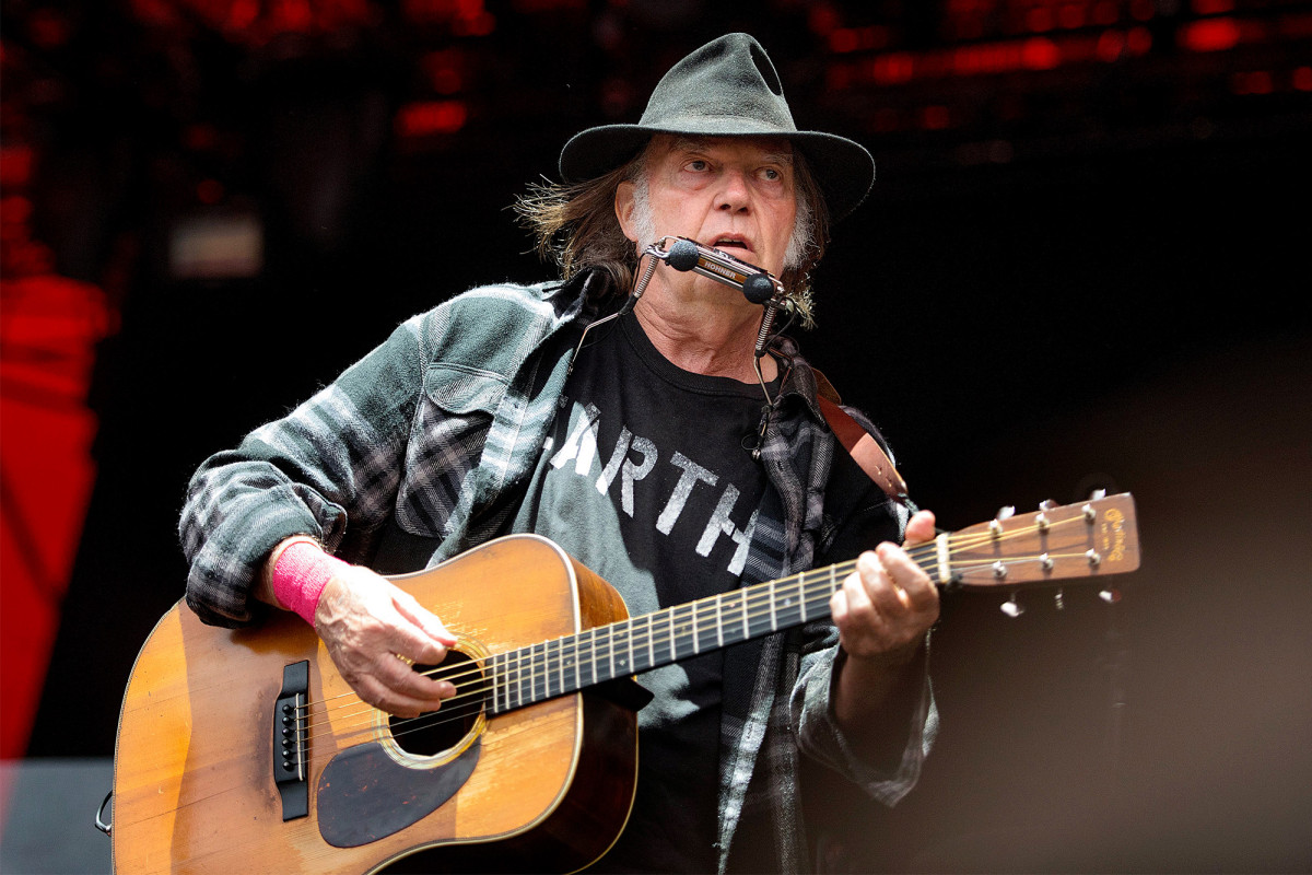 Neil Young still upset that President Trump is using his music