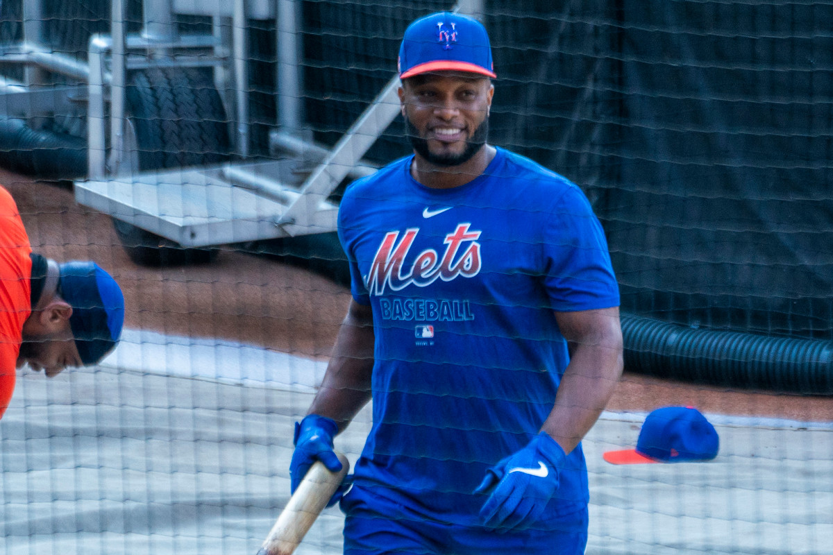 Robinson Cano, Brad Brach uncertainty has Mets facing roster decisions