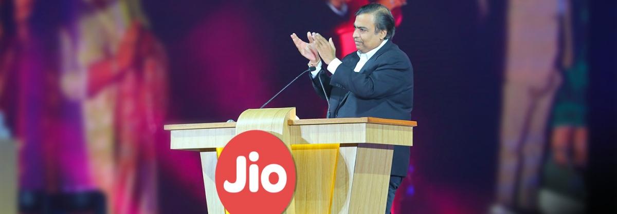 US 5G giant Qualcomm invests ₹730 crore in Reliance digital unit