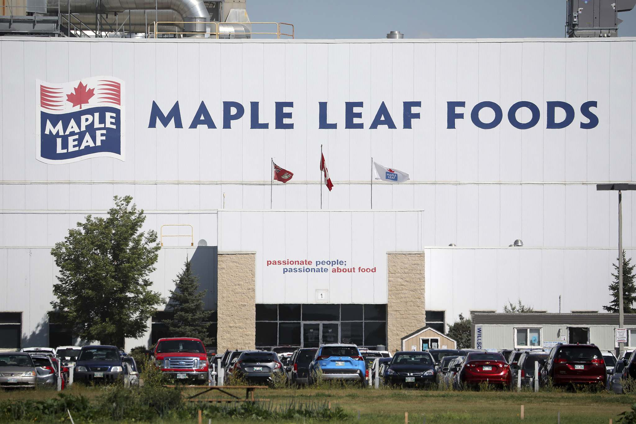 Eighteen workers at the Maple Leaf Foods plant in Brandon have tested positive for COVID-19. (Tim Smith / Brandon Sun files)
