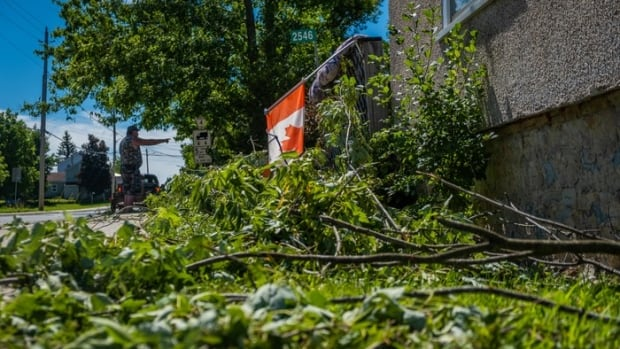 3 tornadoes touched down Sunday, Environment Canada says