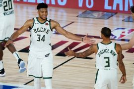 Antetokounmpo leads efficient Bucks to rout of Magic in Game 3