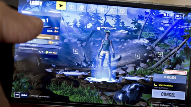 Apple Faces a Well-Armed Enemy in Fortnite Battle Royale