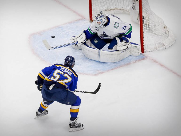 Canucks 4, Blues 3: Markstrom strong, Motte scores for series lead
