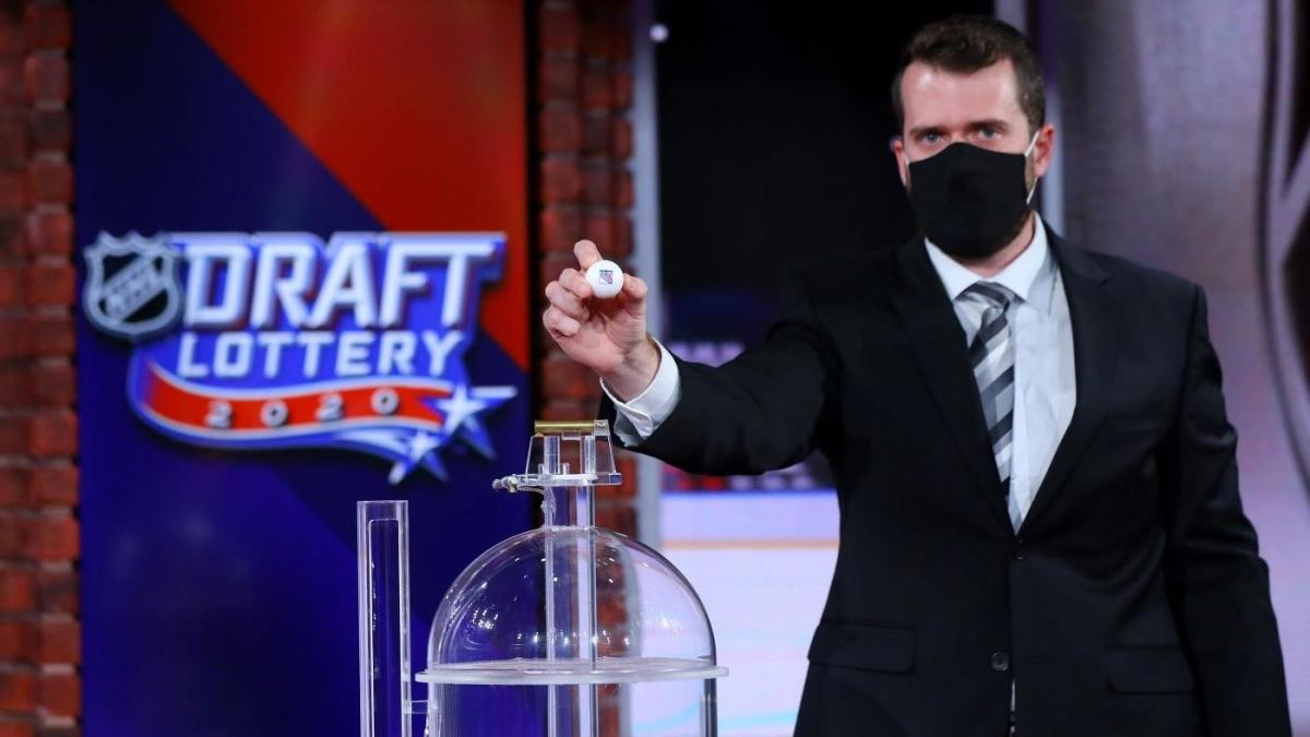 LOOK: Video appears to show just how close Maple Leafs came to winning NHL Draft Lottery