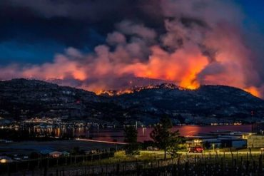 Thousands on evac alert due to 1,000-hectare wildfire south of Penticton - Penticton News