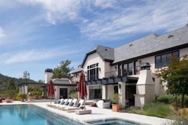 Justin & Hailey Bieber Buy $25.8 Million Mansion in Beverly Hills