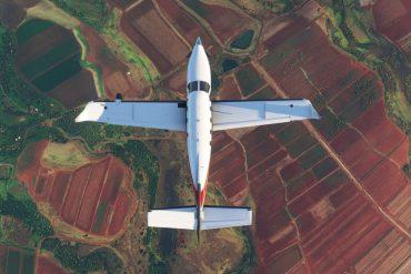 Microsoft Flight Simulator's visual glitches sprinkle in cosmic horror