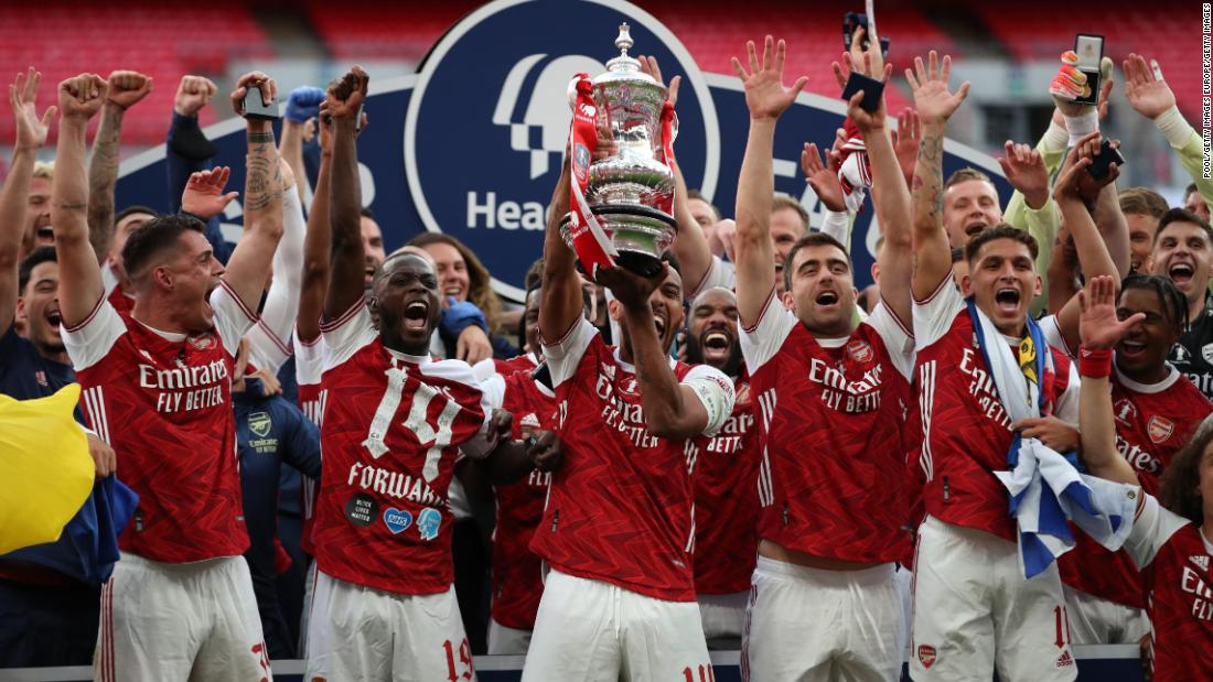 Pierre-Emerick Aubameyang brace helps Arsenal win the FA Cup against Chelsea