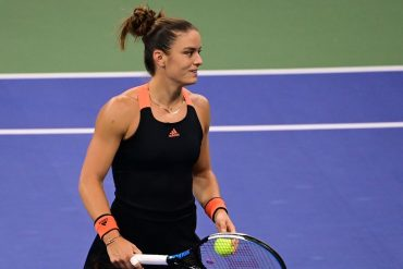 Sakkari solves Serena under Grandstand lights