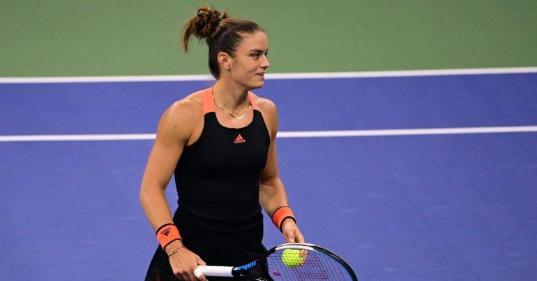 Sakkari solves Serena under Grandstand lights