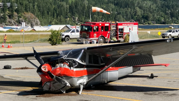 Small plane crashes in supermarket parking lot near airport in Nelson, B.C.