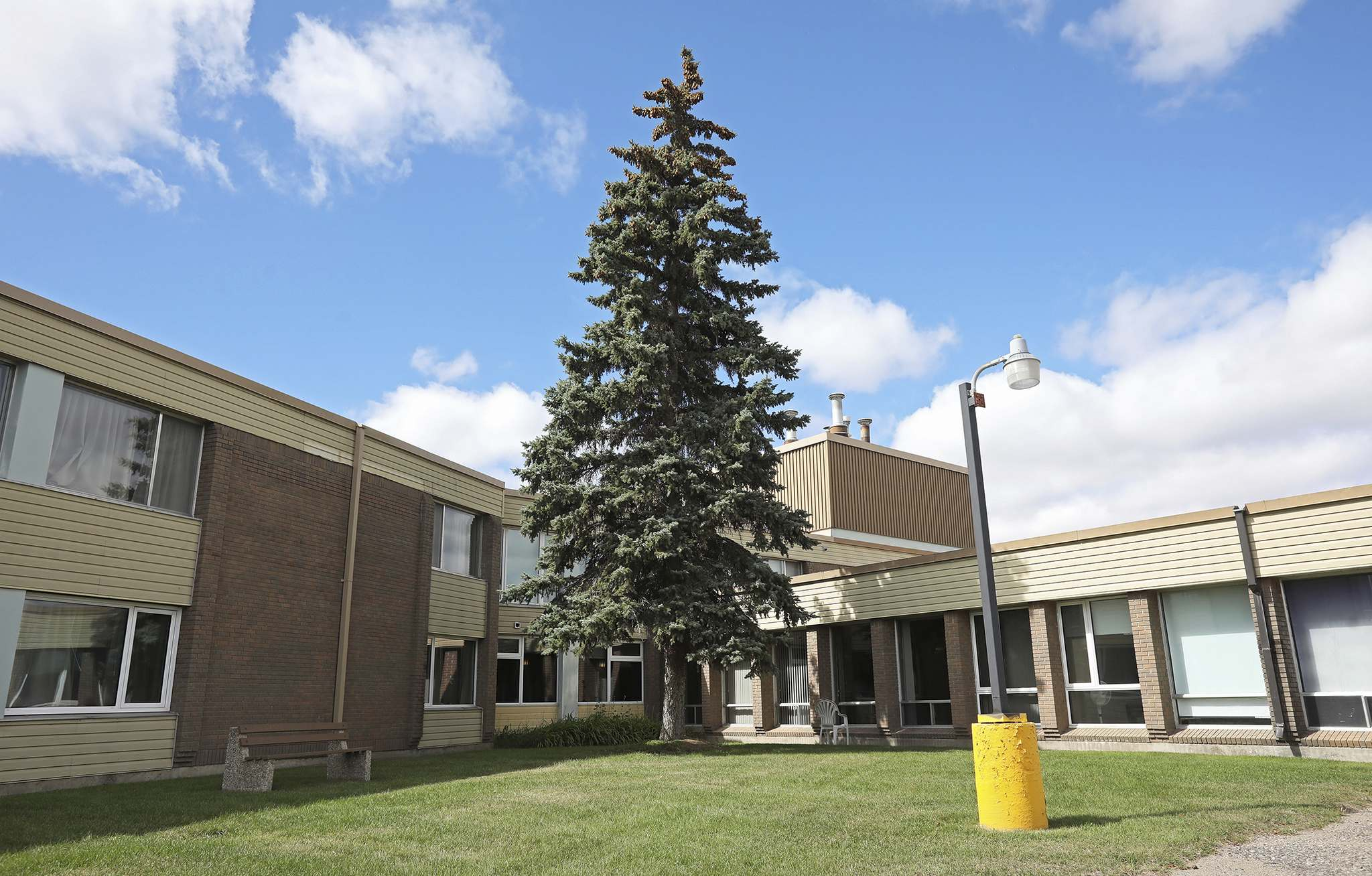 Hillcrest Place Personal Care Home in Brandon. (Tim Smith/The Brandon Sun)