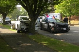 Suspects arrested after ramming into multiple vehicles in South Vancouver: VPD