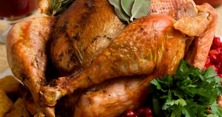 B.C.'s top doctor provides tips for a safe Thanksgiving