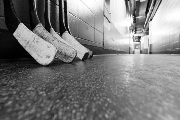 Barrie 'AAA' hockey team in isolation after positive COVID test