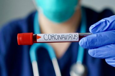 New COVID-19 cases in Ontario surpass 1,000