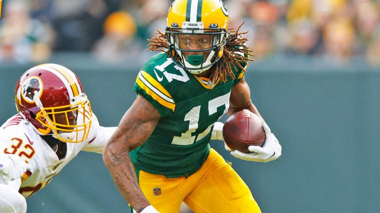 Thursday Night Football odds, line: Packers vs. 49ers picks, predictions from top NFL expert on 39-8 roll