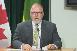 Saskatchewan redeploying 600 health-care staff to support COVID-19 surge