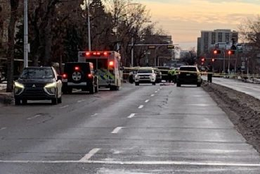 Homicide detectives investigating after man found dead in central Edmonton intersection - Edmonton