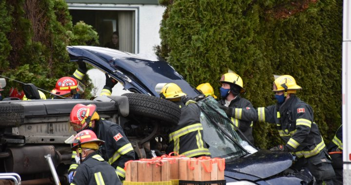 Langley collision sends 2 to hospital on Boxing Day