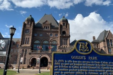 Former federal cabinet minister leaves Ontario role over proposed environment laws