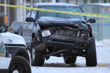 Winnipeg's Portage Ave. shut down after vehicles collide overnight - Winnipeg