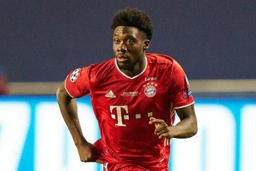 Award for Bayern Shooting Star Alphonso Davis