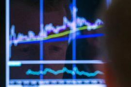 © Reuters.  Kanada Aktien waren tiefer zum Handelsschluss; S&P/TSX verlor 0,48%