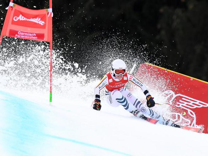 Alpine Skiing World Cup: Ski ace Kira Vidal and Linus Strower stumbling in the game
