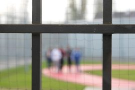 Canada: Woman thanks guard after being in jail