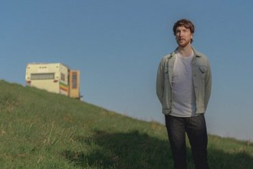 Canadian Artist - For Folk Pop Connoisseurs: Aidan Knight's Fourth Album