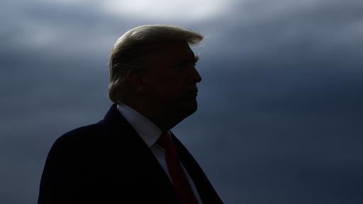 Democrats begin proceedings: Trump resolves to remove